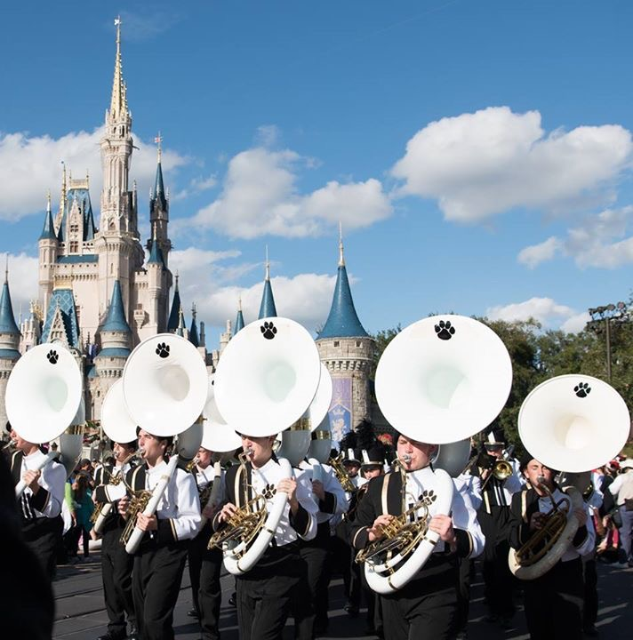 DHHS Band performing in Disney World